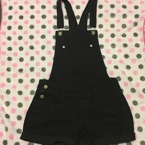 Black overalls/shortalls